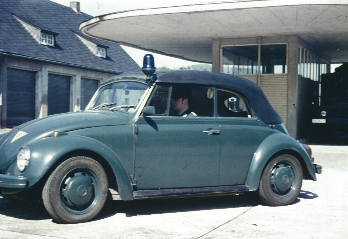 12-PKW_VW_Cabrio.jpg